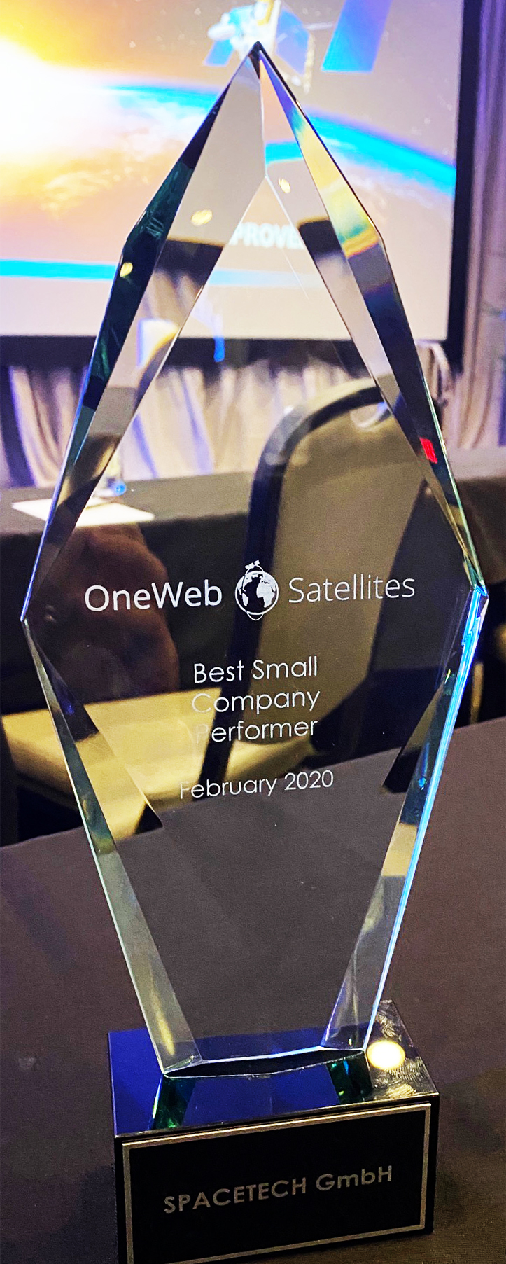 SpaceTech airbus oneweb best small company performer award