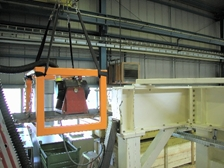 shaker suspension at large production machine for foils